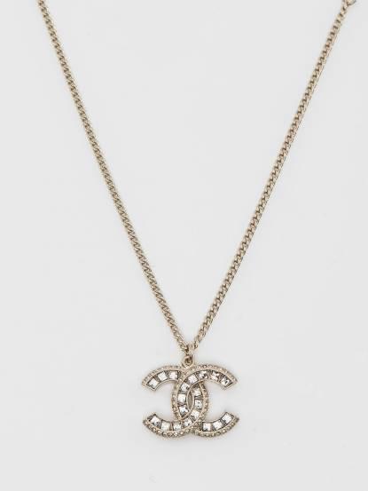 CHANEL 經典雙 C LOGO 大方鑽鑲邊小鑽項鍊 - 金色
