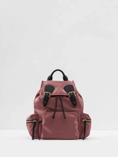 BURBERRY THE RUCKSACK 科技尼龍拼皮革軍旅背包 - 中 / 粉葵紅色