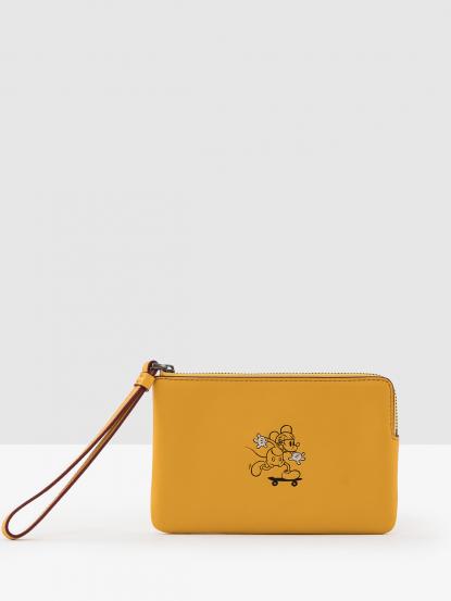 COACH 迪士尼限量米奇圖案素面皮革 L 型拉鍊手拿包 - 黃
