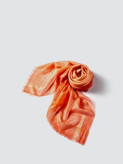 TAN MAY Edge silk dyeing 經典邊蠶絲緞染羊絨方巾 - 夕陽橘