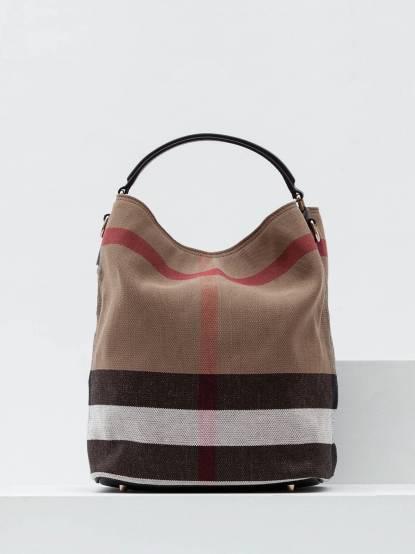 BURBERRY CANVAS 格紋麻料皮革邊手提肩背水桶包 - 中 / 黑