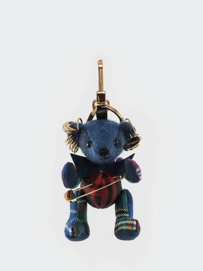 BURBERRY 蘇格蘭裙別針裝飾 Thomas 泰迪熊墜飾