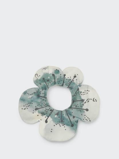 Elodie Details 360 度有機棉口水巾圍兜 - 花花世界 Embedding Bloom