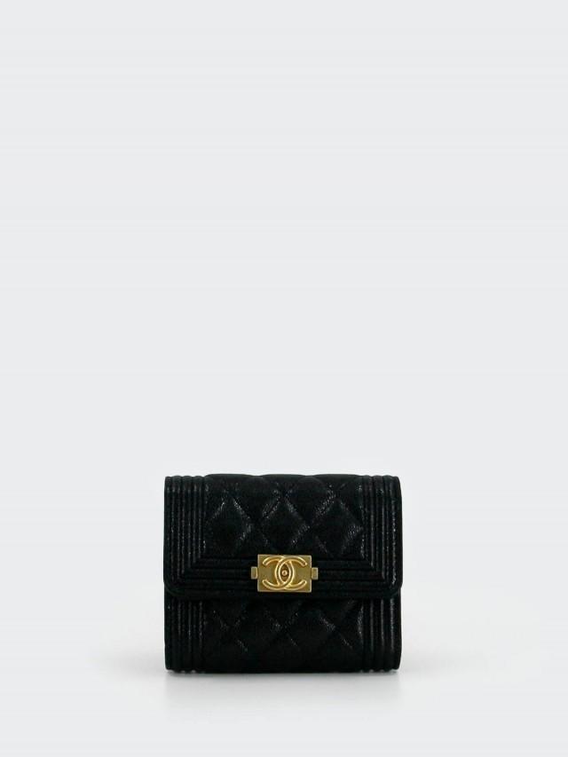 CHANEL BOY 系列荔枝皮牛皮復古金釦釦式三折卡片夾短夾 x 黑