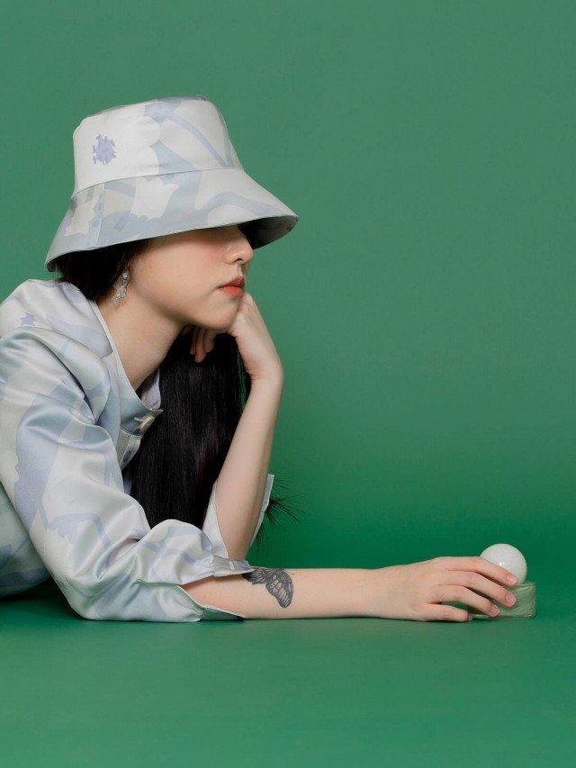 SEW INCORPORATION 繁花緞面印花漁夫帽 - 藍灰色