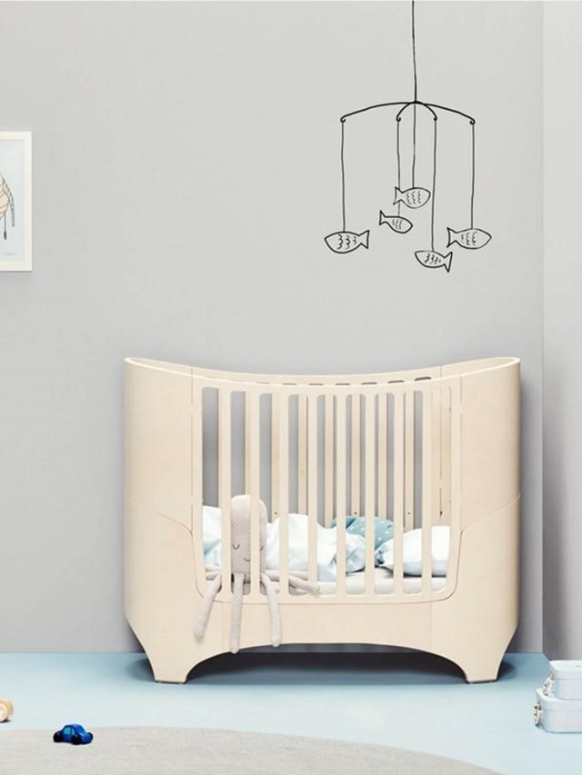 Leander 嬰兒成長床 - 水洗木色