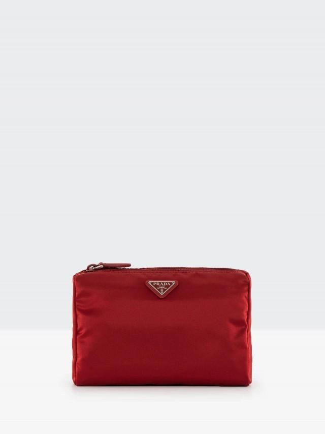 PRADA 經典三角牌尼龍中型化妝包 x 紅色