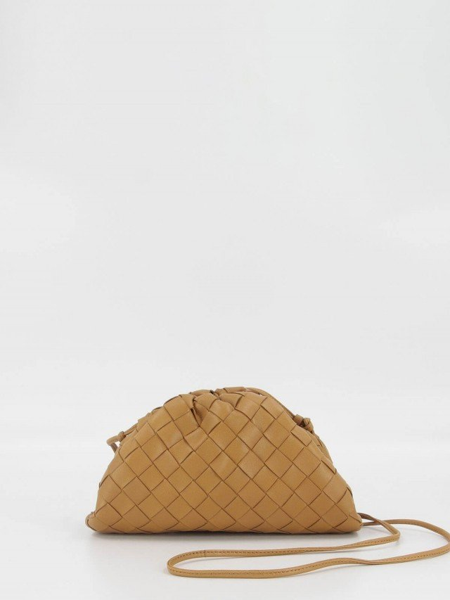 BOTTEGA VENETA The Pouch 編織牛皮雲朵包 - mini x 駝色