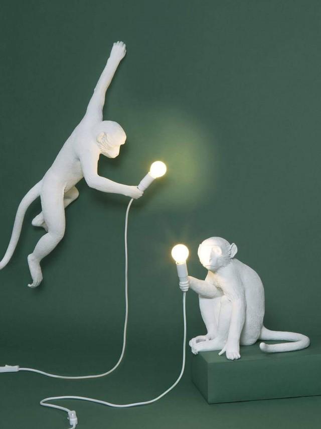 SELETTI 猴子坐姿造型燈