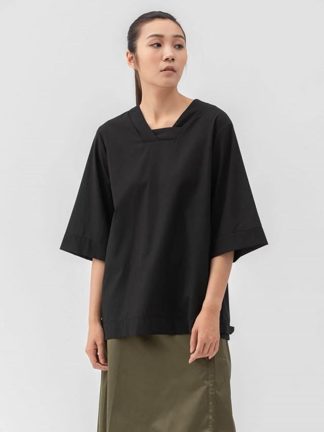 WEAVISM 【突圍者】寬版V領五分袖上衣 - 黑