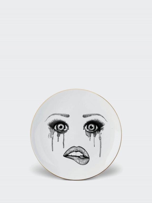 LAUREN DICKINSON CLARKE 英國人臉餐盤 x 流血眼睛