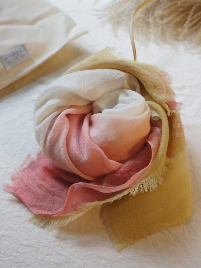 木木研室 植物染羊絨方巾 - 粉白黃漸層