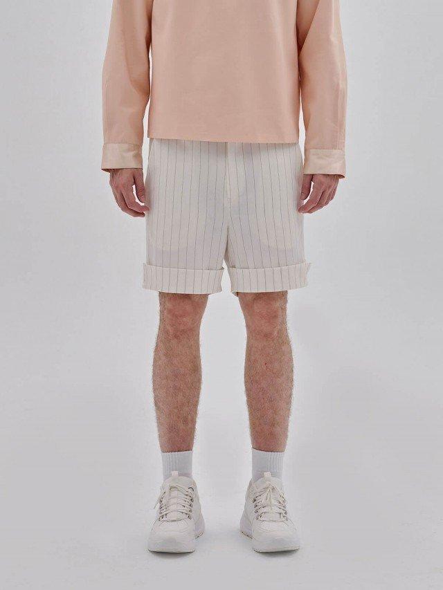 PEHOM 白色虛線條紋西裝短褲 - 男