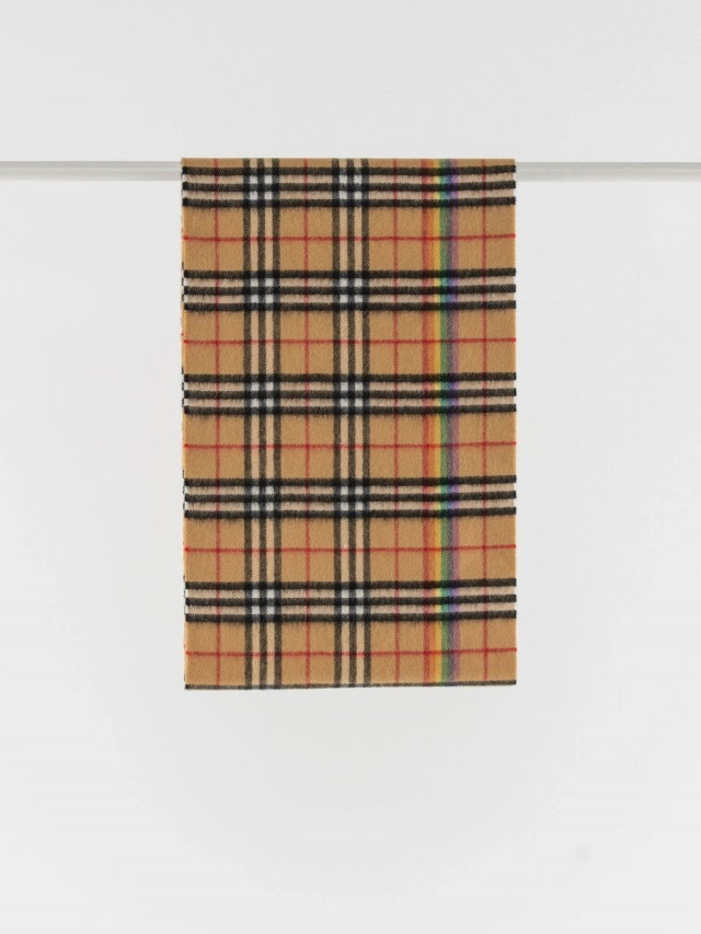 BURBERRY 彩虹 Vintage 細格紋喀什米爾羊毛圍巾