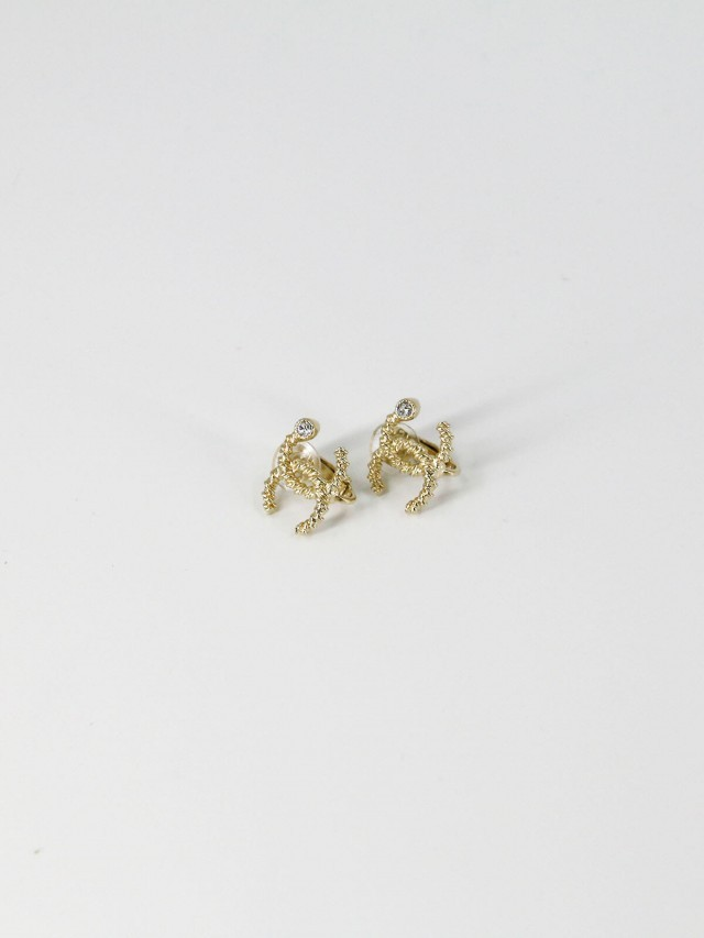 CHANEL AB2461 經典雙 C LOGO 水鑽鑲嵌羅紋夾式耳環 x 金