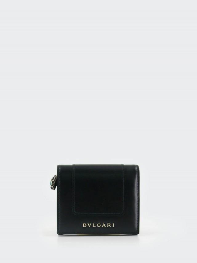 BVLGARI Serpenti 小牛皮琺瑯蛇頭釦環撞色暗釦三折短夾 - 黑 x 祖母綠