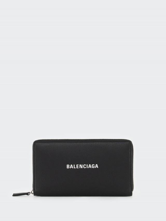 BALENCIAGA EVERYDAY 系列品牌 LOGO 壓紋小牛皮拉鍊手拿長夾 - 黑