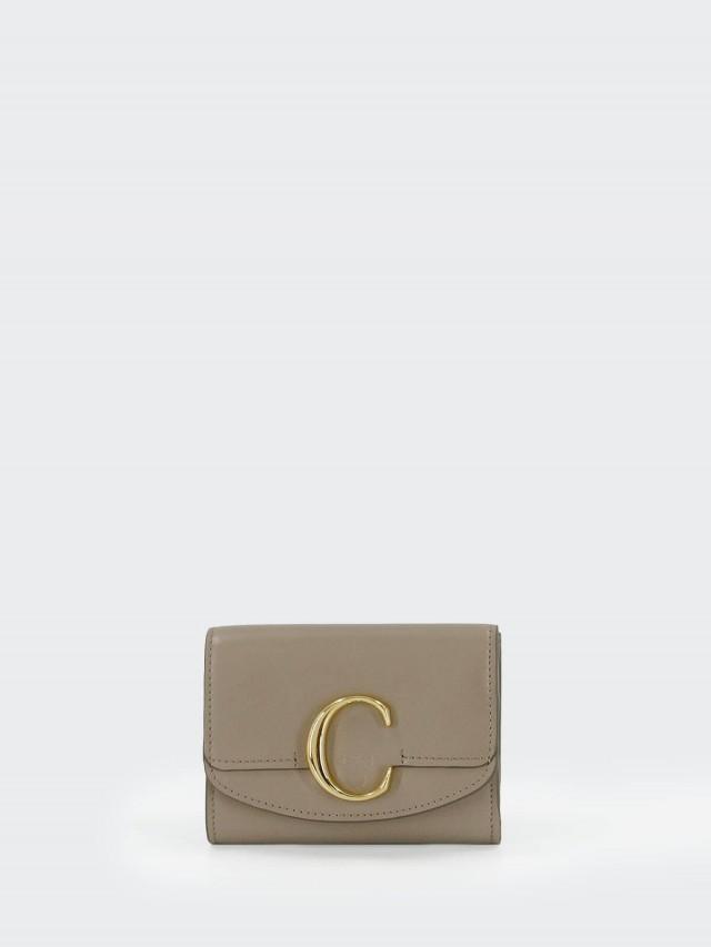 Chloé C Bag 金釦小牛皮三折短夾 x 大象灰