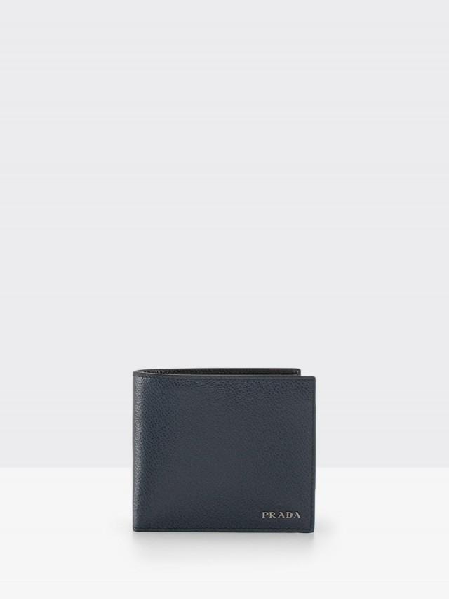PRADA SAFFIANO METAL 系列金屬 LOGO 粒面牛皮對折零錢短夾 - 深藍 x 內裡黑