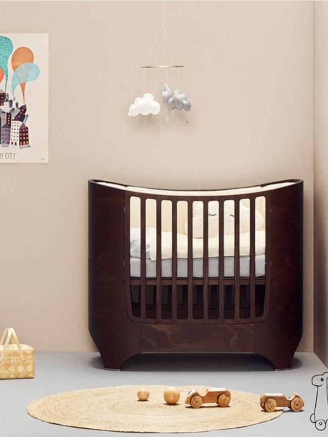 Leander 嬰兒成長床 - 胡桃木色