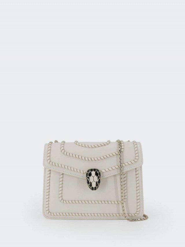 BVLGARI SERPENTI FOREVER 編織鍊條設計小牛皮琺瑯蛇頭肩背 / 斜背包 x 白色