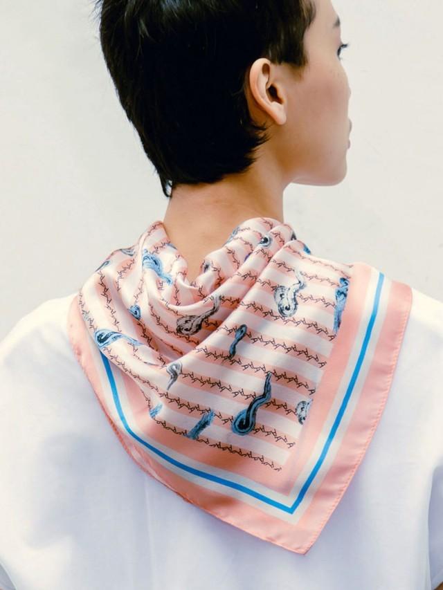 SEW INCORPORATION 粉紅雲朵絲巾
