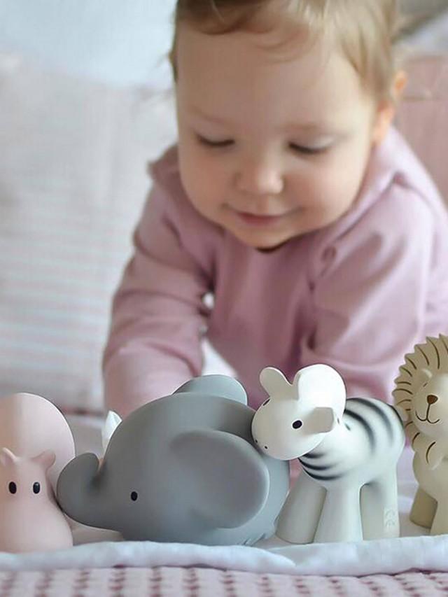 Meiya & Alvin 捏捏搖鈴 - 大象馬咪