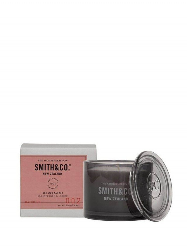 THE AROMATHERAPY CO. Smith & Co 系列香氛蠟燭 250g - 接骨木花