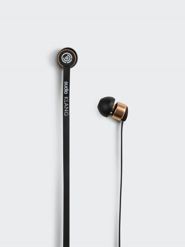 sudio KLANG 優雅質感耳道式耳機 - 黑