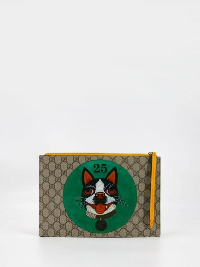 GUCCI GG Supreme 波士顿梗犬 Bosco 貼飾手拿包